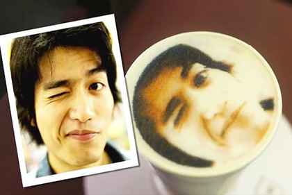 CAFFEINE SELFIE: THIS COFFEE SHOP PRINTS YOUR FACE WITH ITS FOAM